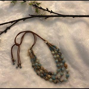 NATASHA COUTURE beautiful necklace.